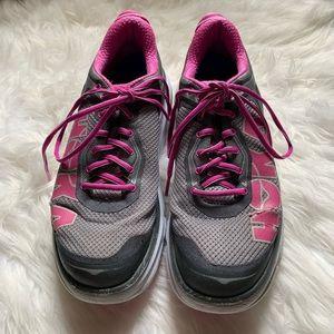 Hoka one one Bondi 4 running shoes, size 11